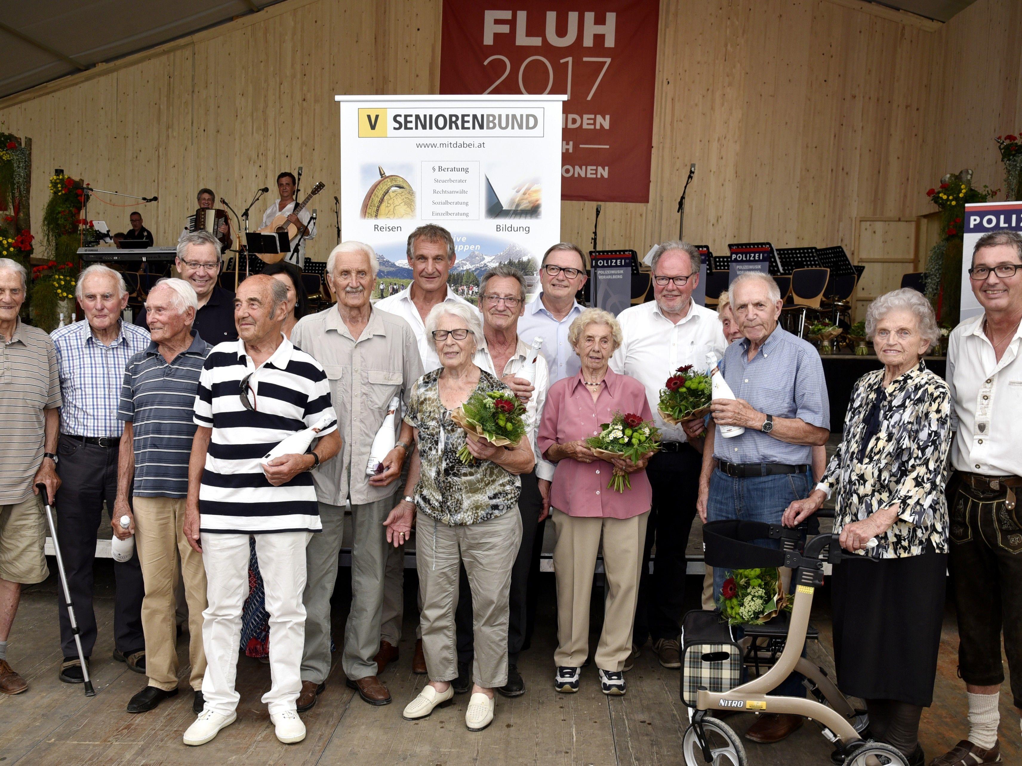 Beim Seniorenbund Landestrefffen auf der Fluh wurden die Jubiläre mit einem Präsent geehrt