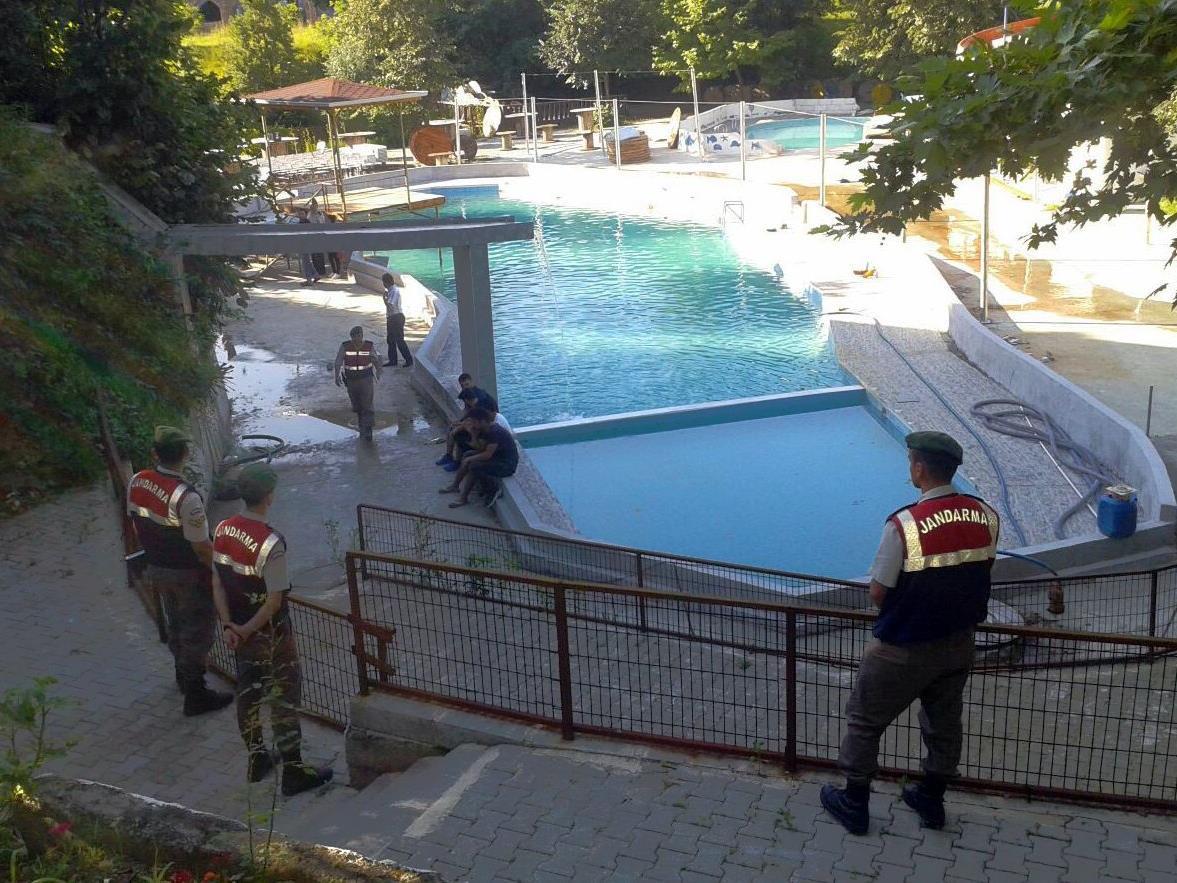 Bei einem Unglück in einem Wasserpark in der Türkei sind fünf Menschen ums Leben gekommen.