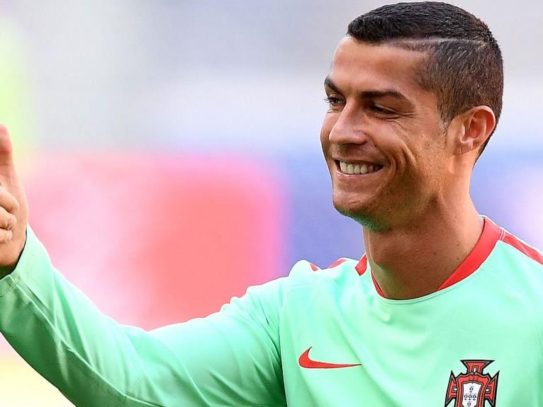 Cristiano Ronaldo will von Real Madrid weg.