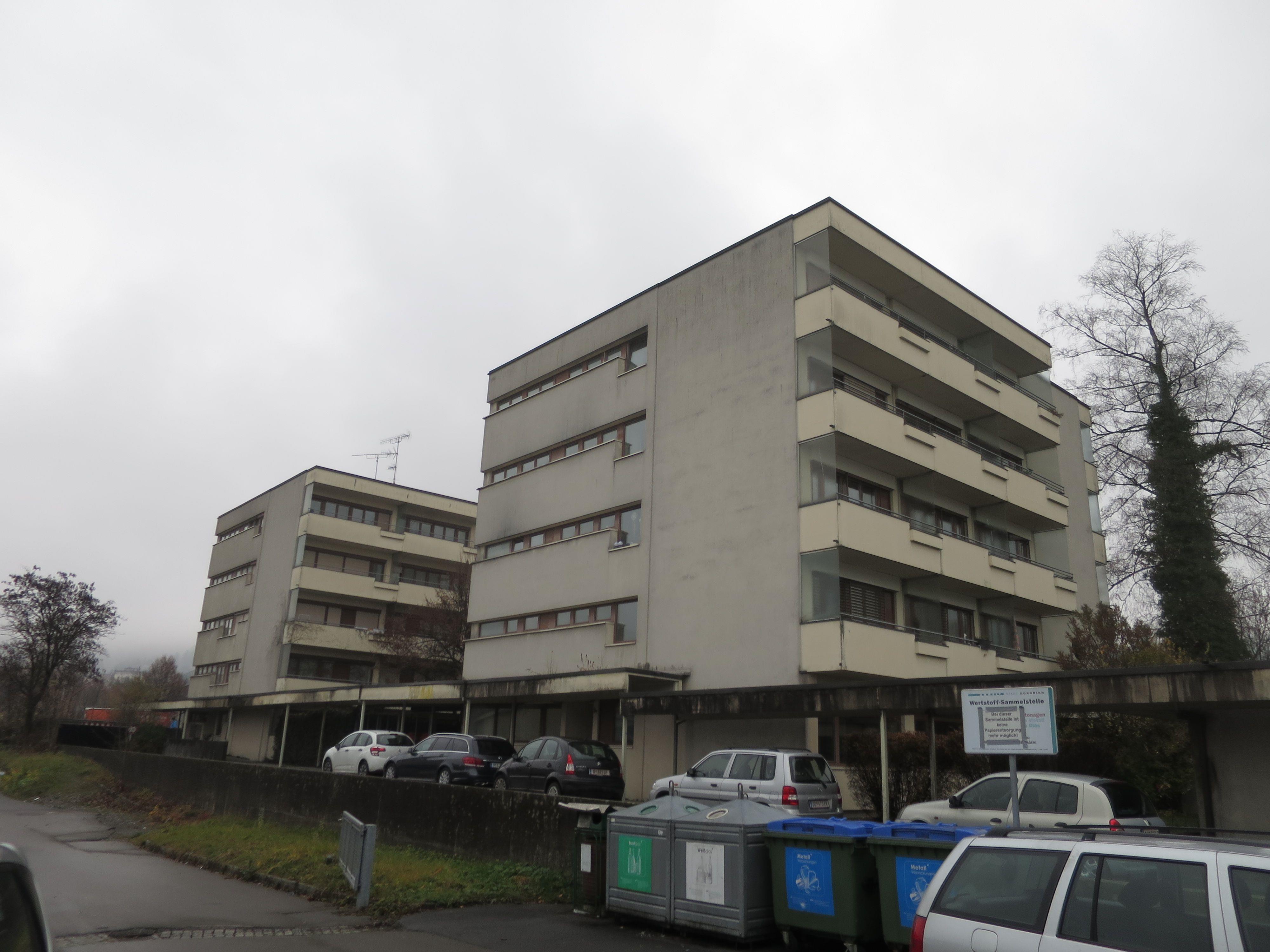 Die 50 Jahre alten Personalhäuser der Hinteren Achühlerstraße sind abbruchreif.