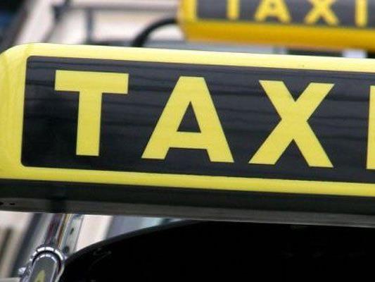 Ein Wiener Taxifahrer musste sich wegen Missbrauchs vor Gericht verantworten.