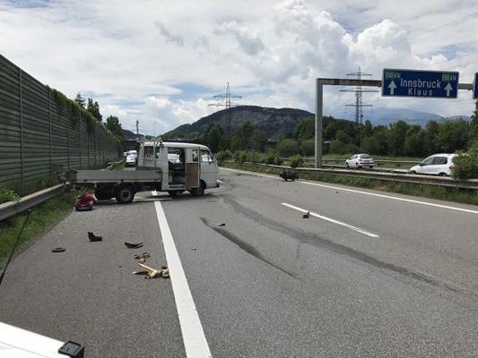Unfall auf der A14 auf Höhe Altach.