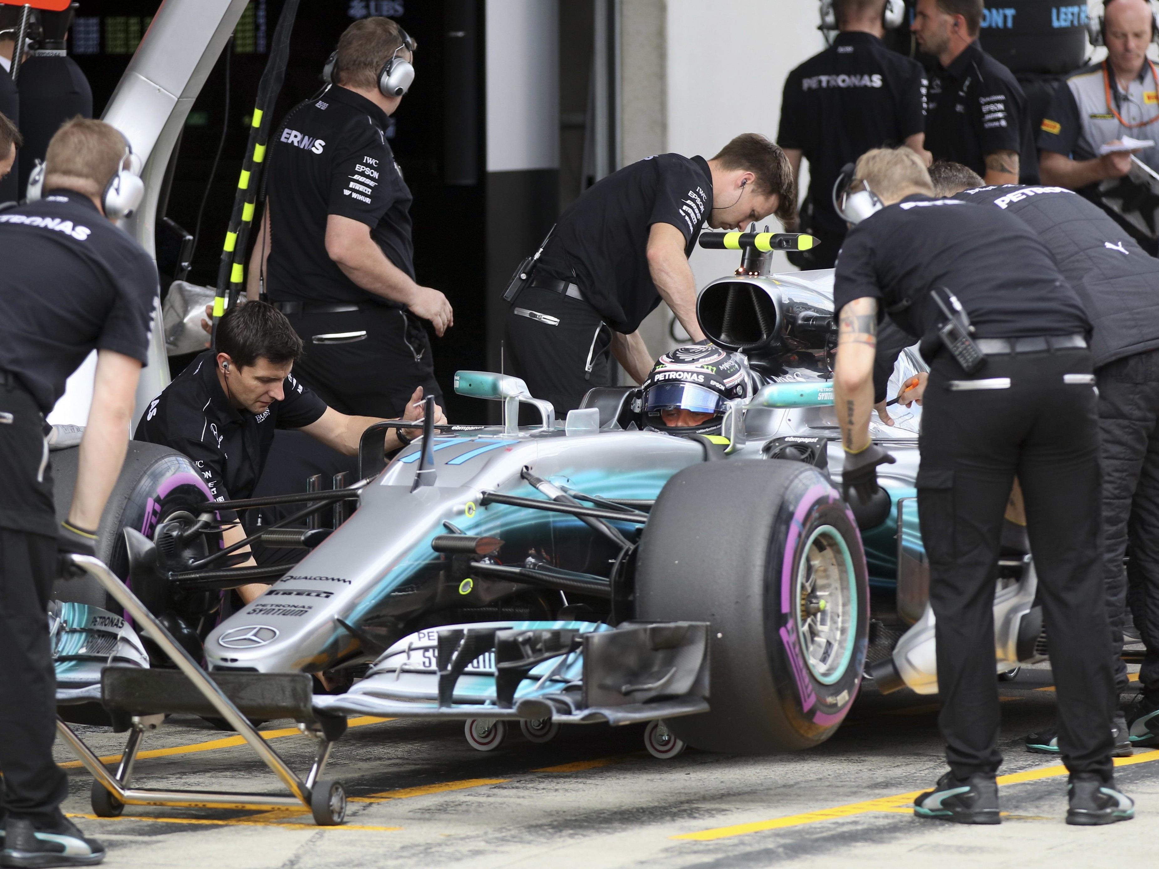 Bottas vorn, Hamilton nur achter.