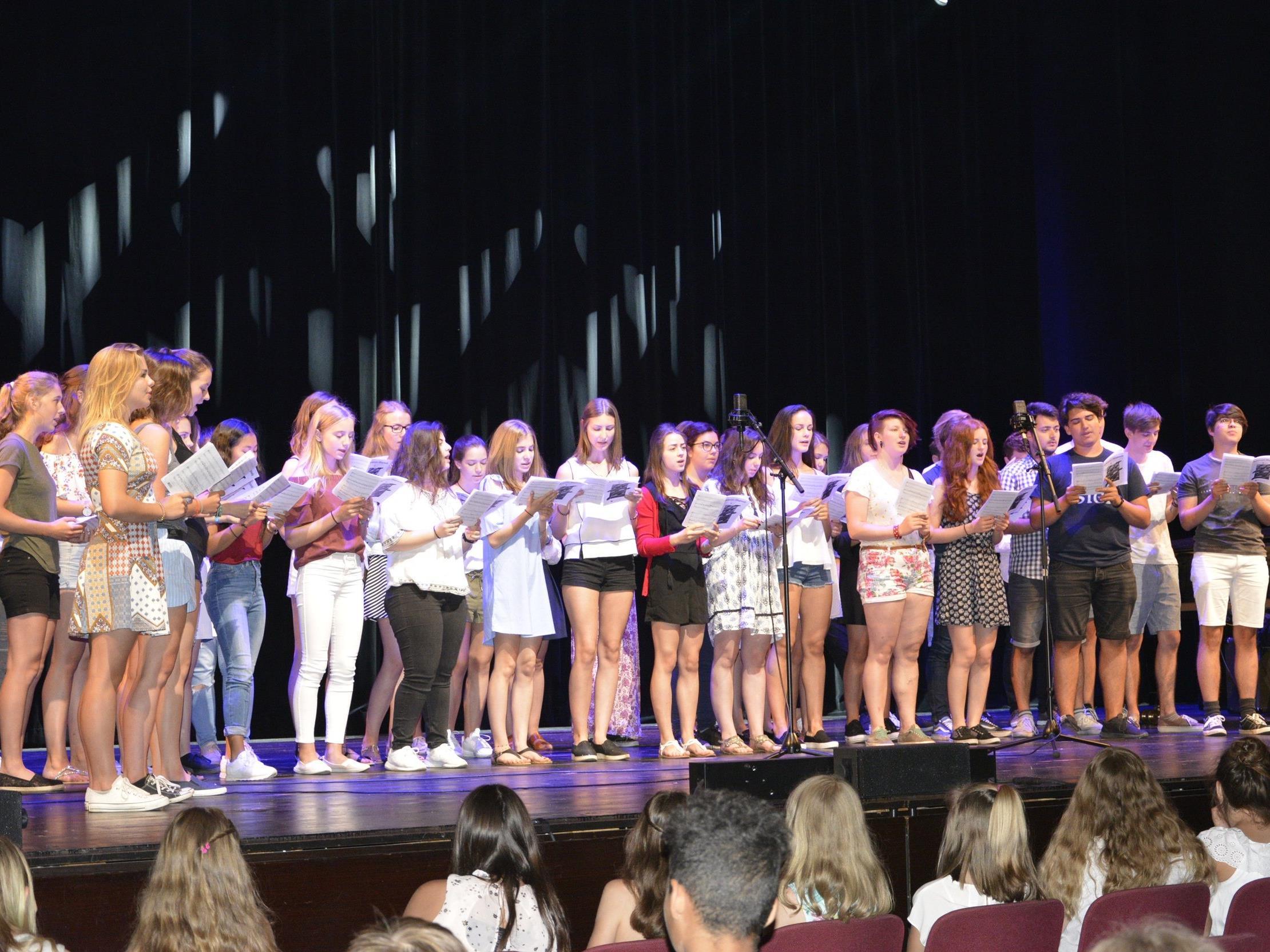 Die Abschlussveranstaltung im Kulturhaus Dornbirn hat Tradition am BORG Schoren.