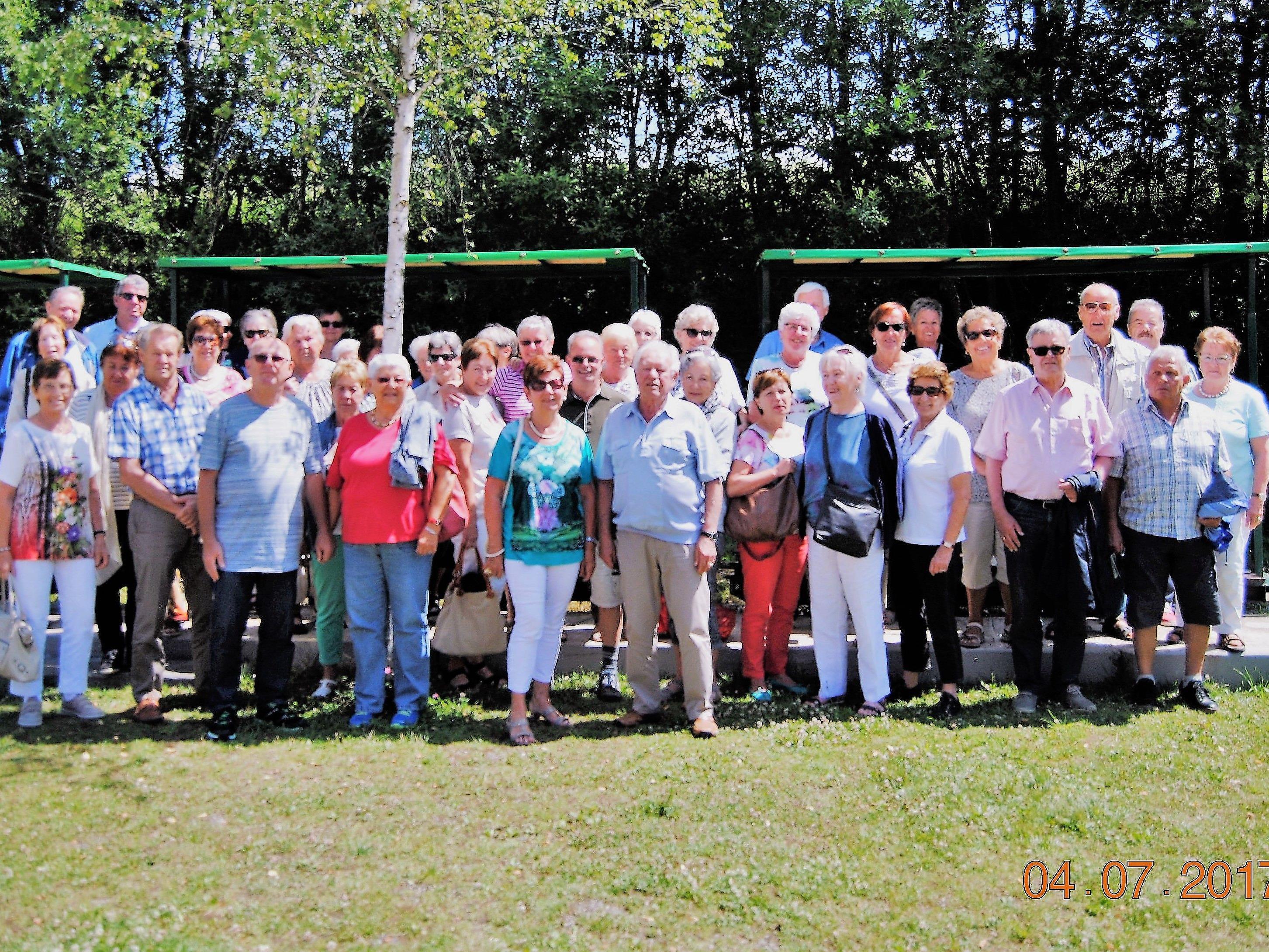 Die Senioren waren beeindruckt von der Fahrt durch das Hochmoor in Bad Wurzach