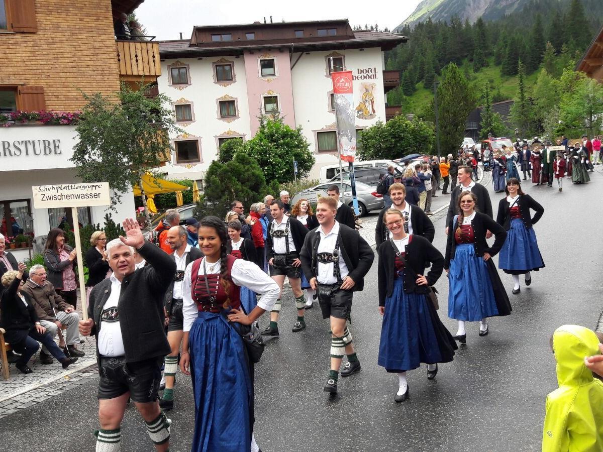 Umzug Landestrachtentag Lech 15.07.2017