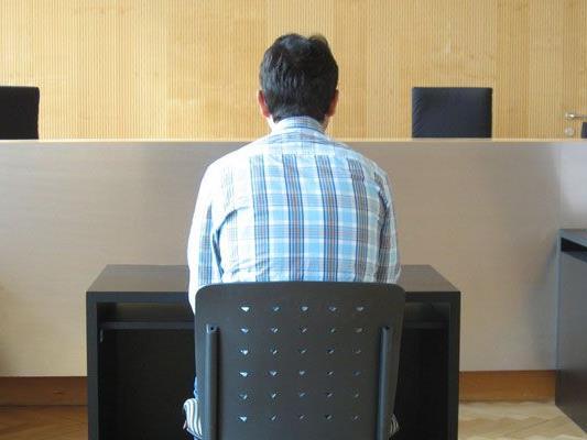 Der 37-Jährige beim Prozess am Landesgericht.