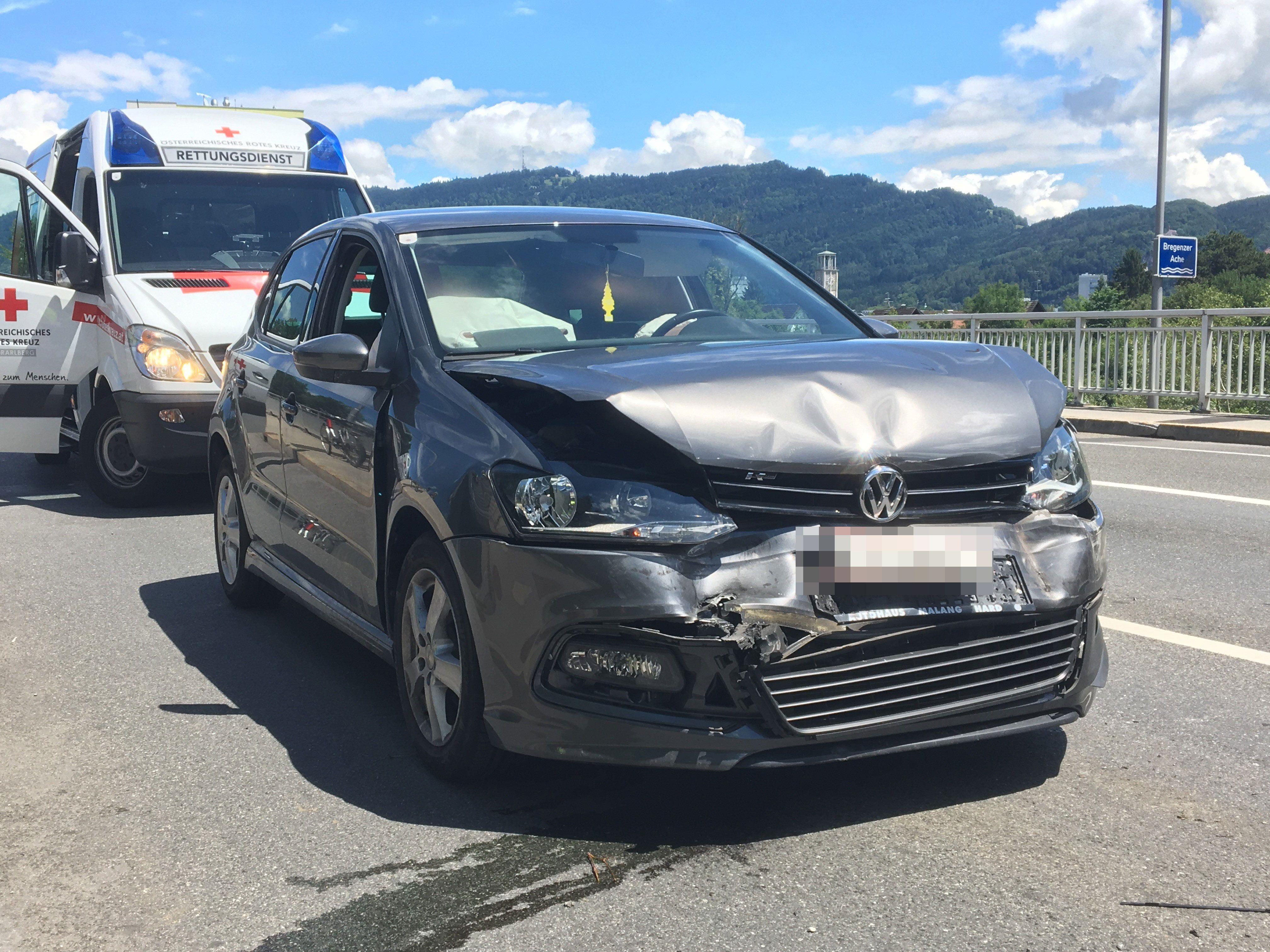 Am Montagmittag ereignete sich ein Unfall auf der Achbrücke.