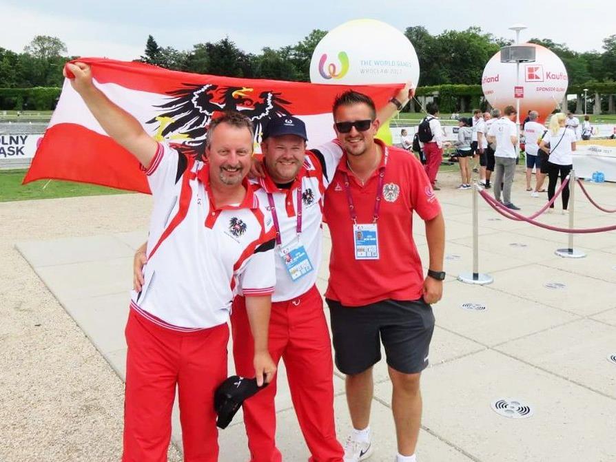 v. l. Günther Baur (BC Hard), Philipp Wolfgang (BC Hohenems), Betreuer Patryk Szulak (BC Wilten Innsbruck)