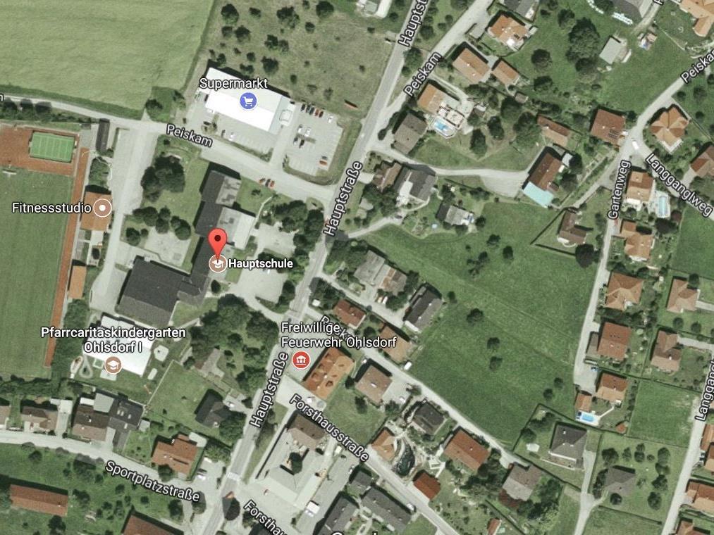 """Wie die """"BezirksRundschau"""" berichtet, wollte der Minderjährige die Tat an der Neuen Mittelschule Ohlsdorf begehen."""