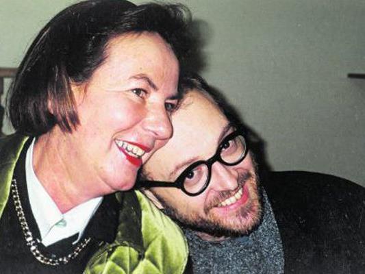 Maria Müller mit Kabarettist Josef Hader.