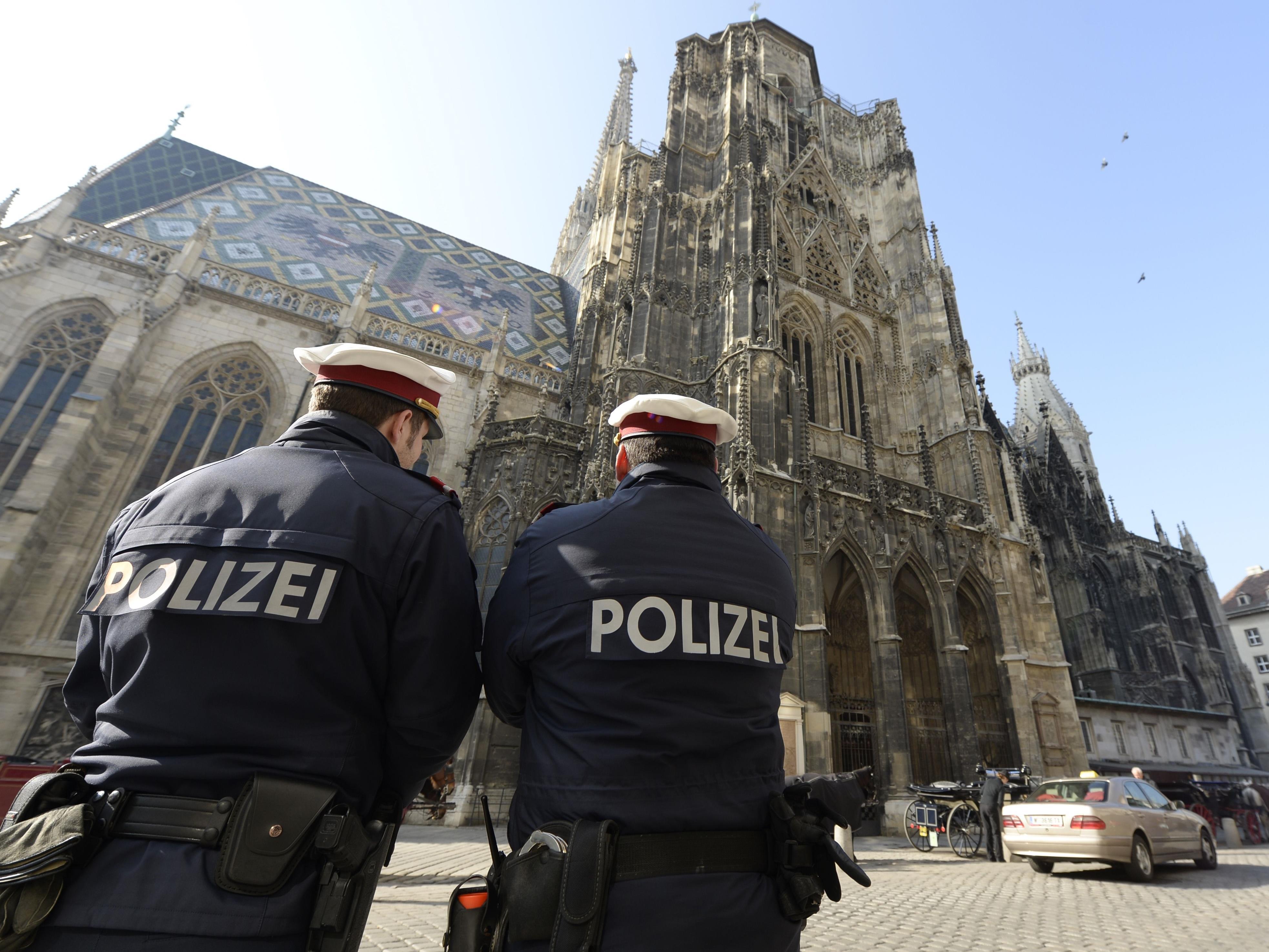 In Wien und im Burgenland gibt es mehr Polizisten als vorgesehen.