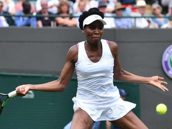 Venus Williams gewinnt Auftaktspiel