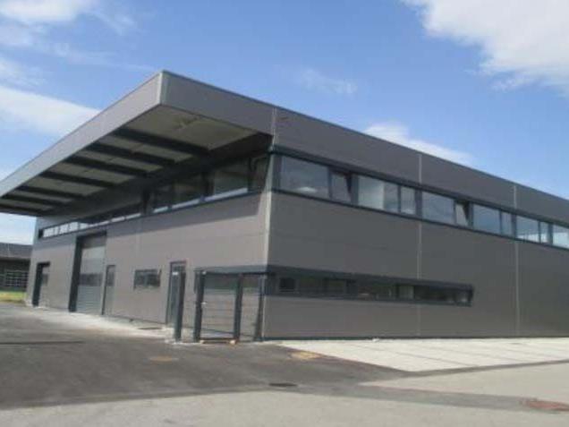 Das neue Firmengebäude von Ausbau Bohn am neuen Standort in Feldkirch.