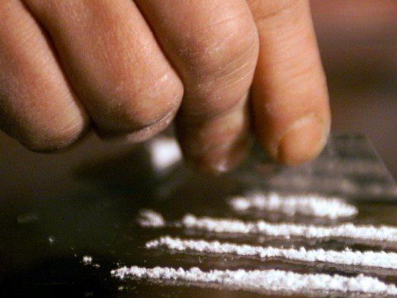 Am Landesgericht Feldkirch wurden gestern zwei 56-jährige Drogendealer wegen Suchtgifthandels zu drei und zweieinhalb Jahren Haft verurteilt.