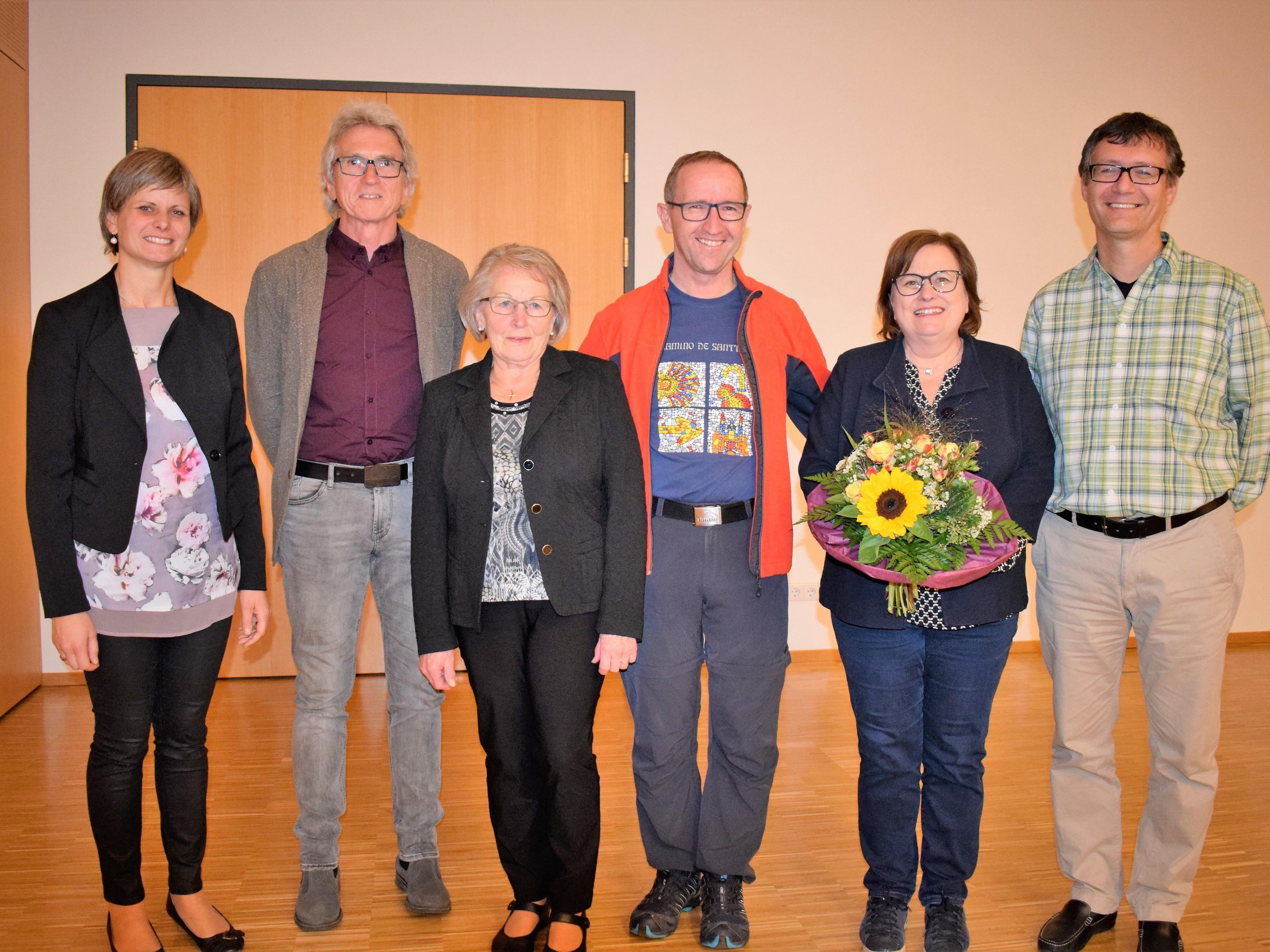 Bgm. Annette Sohler, Elred Lipburger, Luise Meusburger, Harald und Evelyn Pfanner und Thomas Berger-Holzknecht.