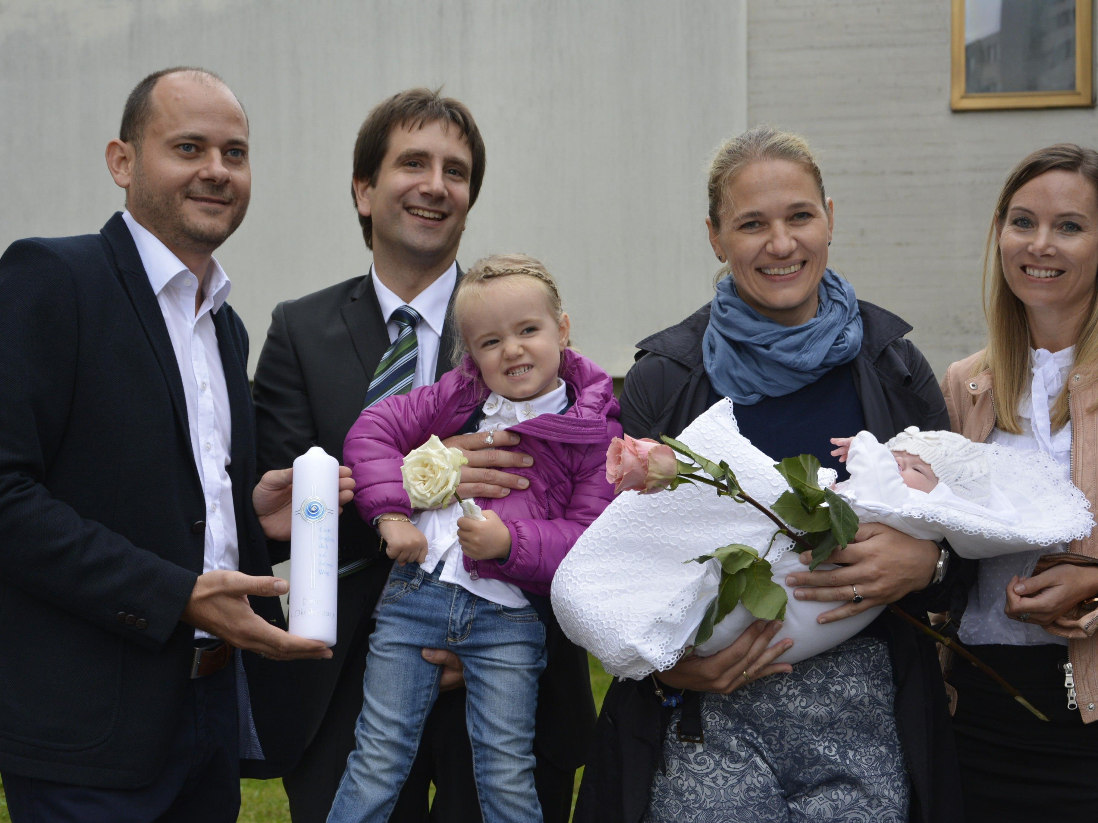 Taufe von Emilie Ilg am 1. Oktober in der Taufkapelle Hatlerdorf.