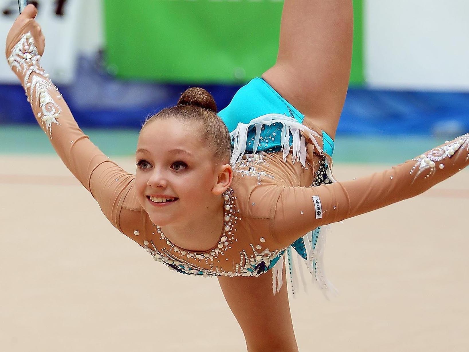 Teresa Welzig holte Gold in der Rhythmische Gymnastik im Mehrkampf in der U-14-Klasse.