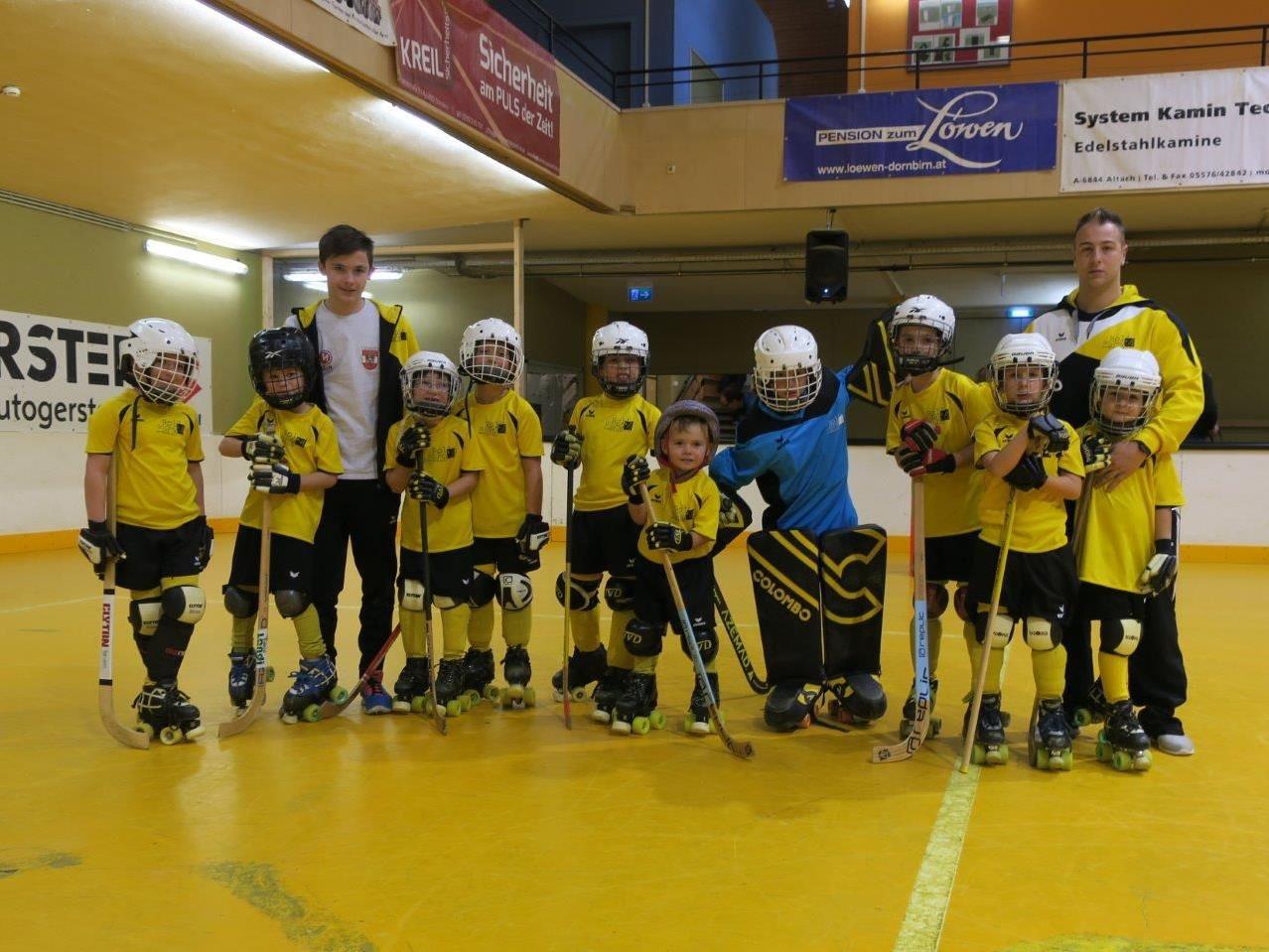 Die jüngsten Rollhockey-Spieler hatten bei ihrer Turnier-Premiere viel Spaß.