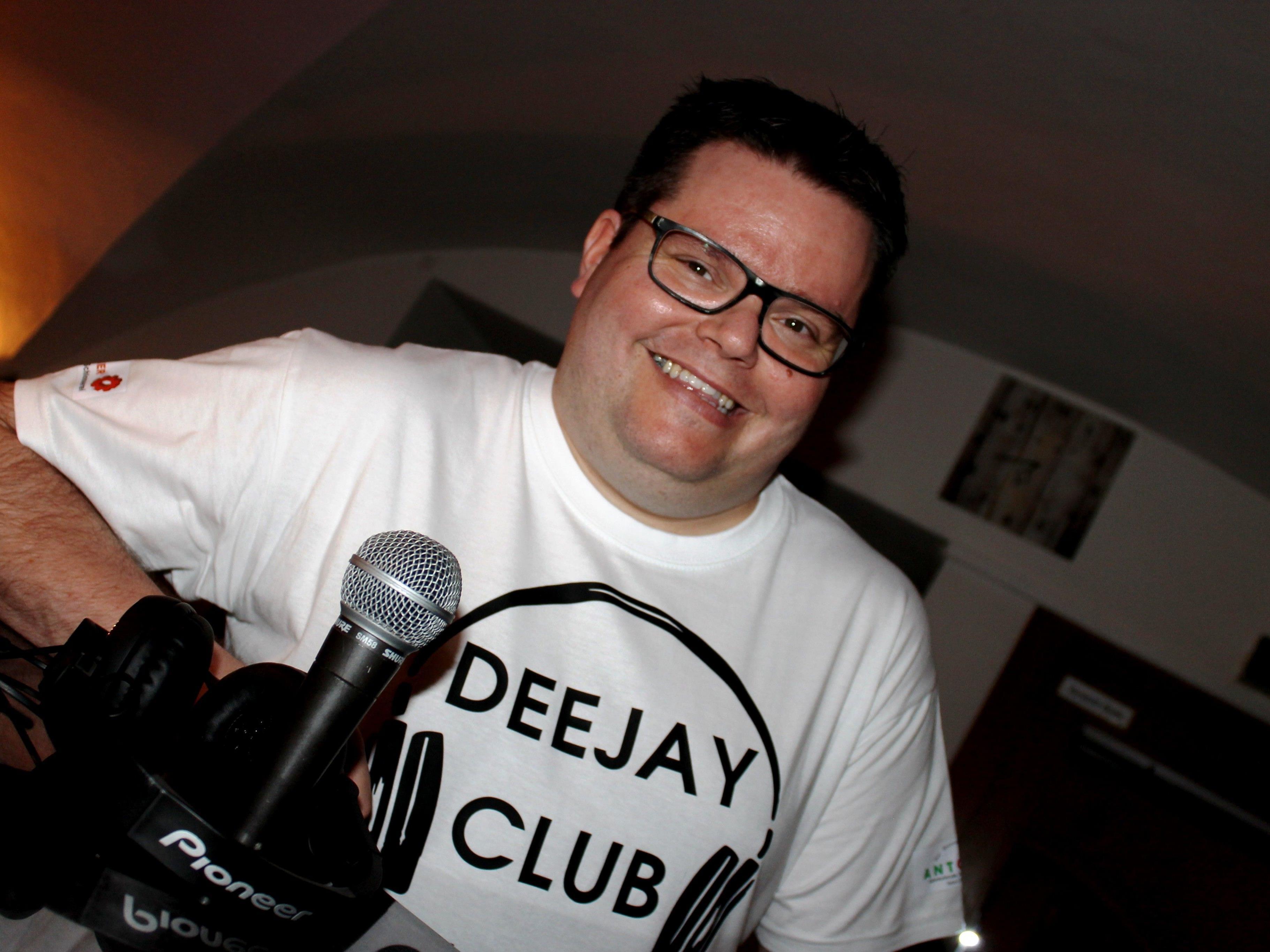 """Mit Mathas Brock, alias """"DJ Motion"""" ist der DJ-Club-Bludenz heute wieder im Einsatz in Antonio´s Bar"""