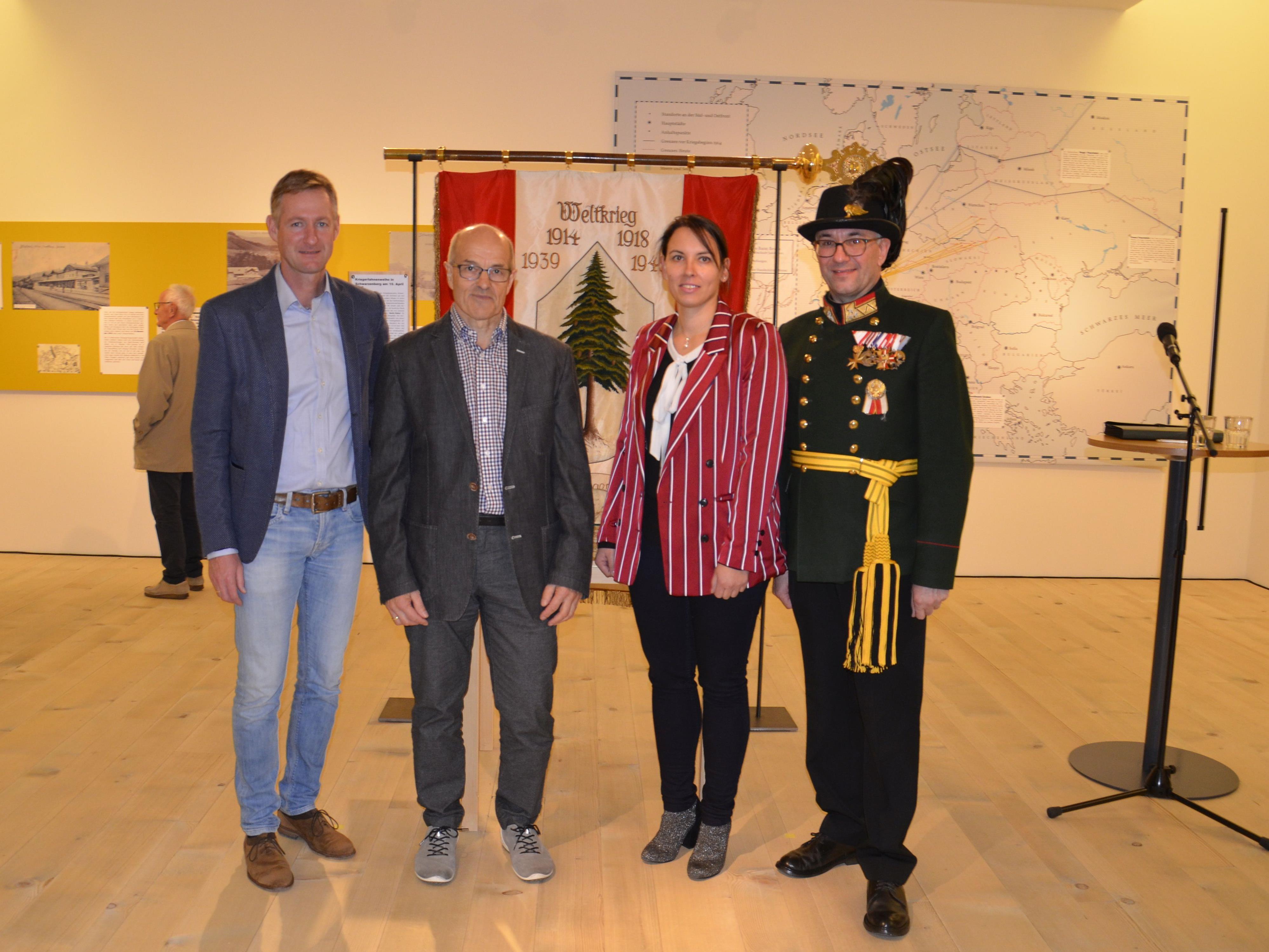 Faszination & Wahnsinn Ausstellungseröffnung