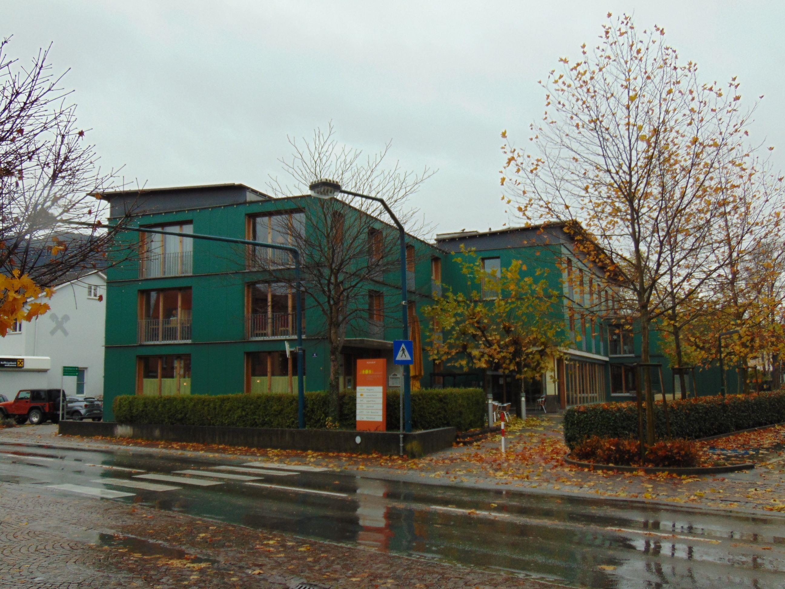 Die PV Anlage auf dem Sozialzentrum geht in Betrieb