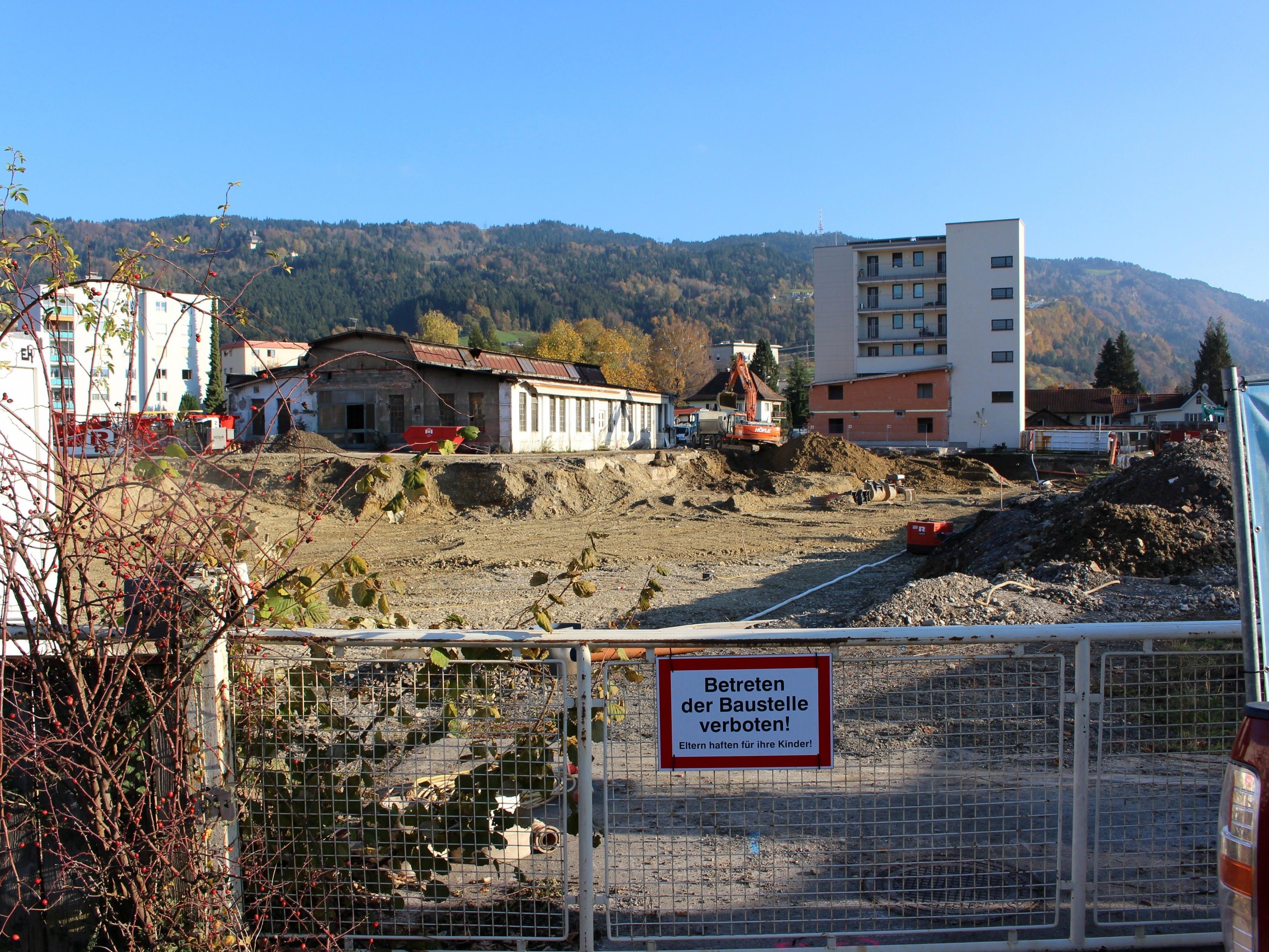 Baustart für mehr Wohnraum in Lochau: In Seenähe entstehen auf dem ehemaligen Diem-Areal 135 Wohnungen in sieben unterschiedlich hohen Gebäudekörpern.