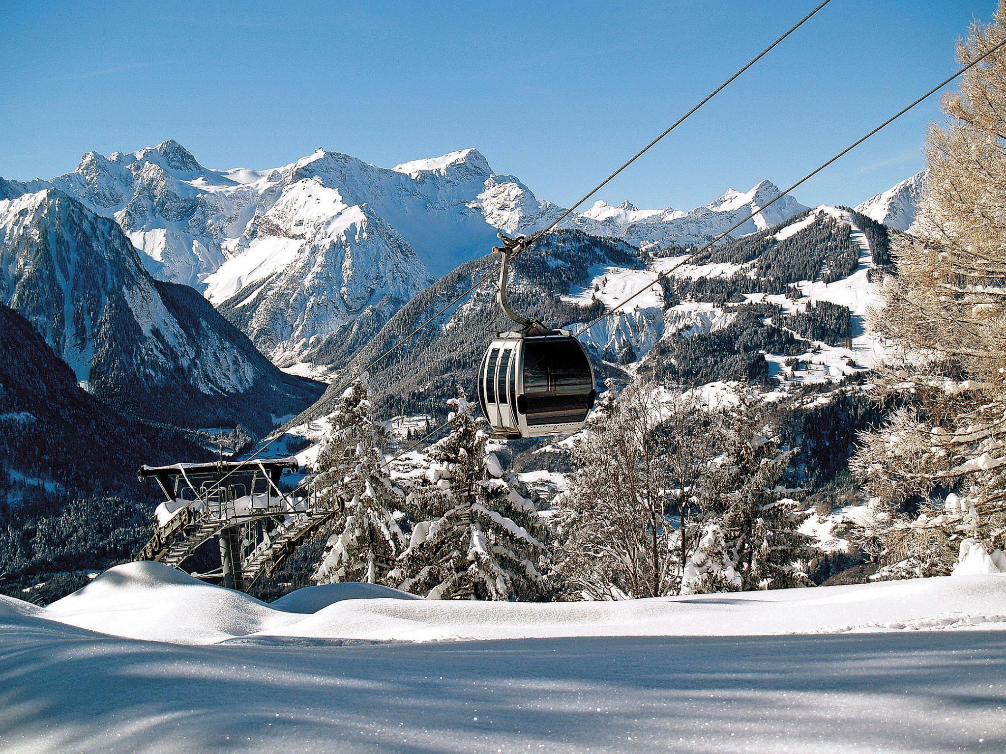 Die Muttersberg Seilbahn und Alpengasthof bis einschließlich 17. Dezember 2017 jeweils am Freitag, Samstag und Sonntag geöffnet
