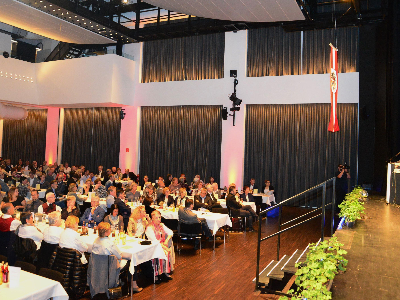 Feierliche Danke-Veranstaltung im Spannrahmen in Hard.