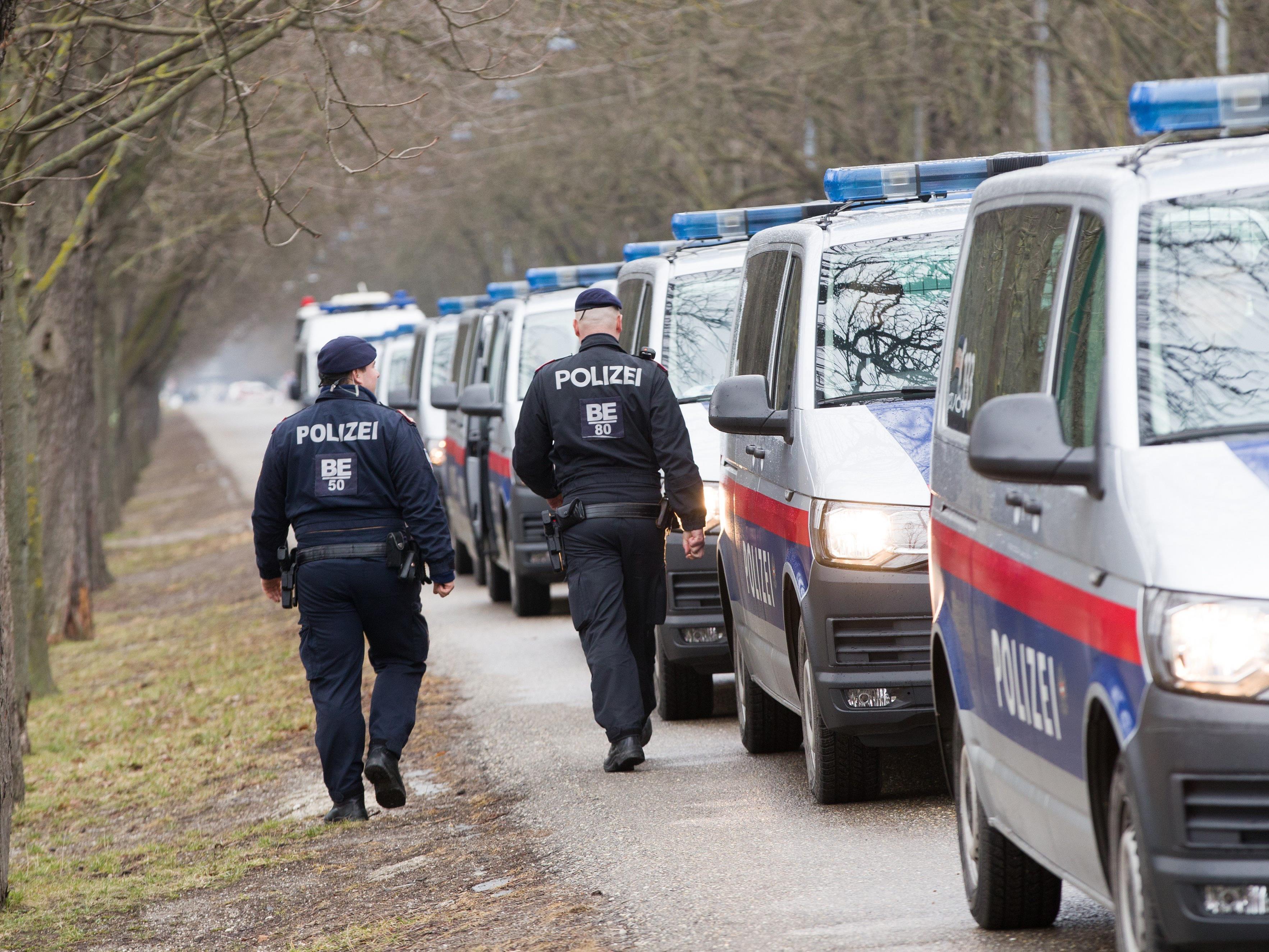 Die Polizei nahm in der Venediger Au am Praterstern einen Dealer fest