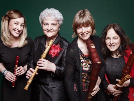 Sabine Gstach, Maren Burger-Kloser, Veronika Ortner-Dehmke, Dorit Wocher