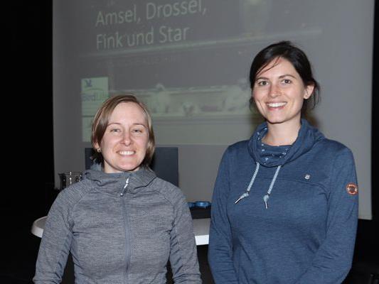 Marina Fischer, WalgauWiesenWunderWelt und Johanna Kronberger BirdLife (re.)