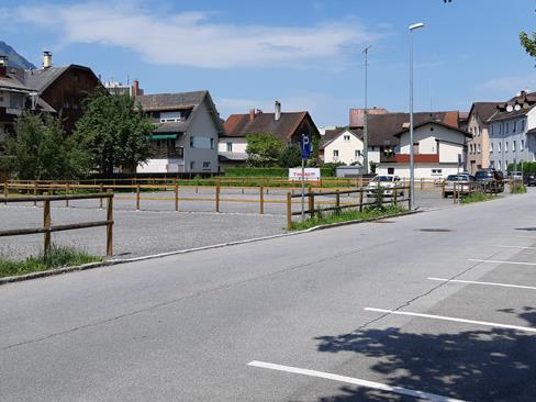 Der zusätzliche Parkplatz in der Riedstraße bietet Platz für rund 80 PKWs.