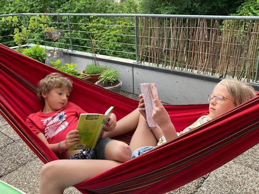 Maja und Ruben beim LeseWunder