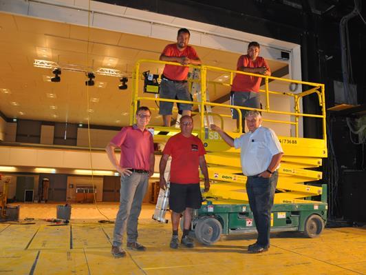 Die komplette Bühnentechnik im Stadtsaal wird derzeit auf Vordermann gebracht.