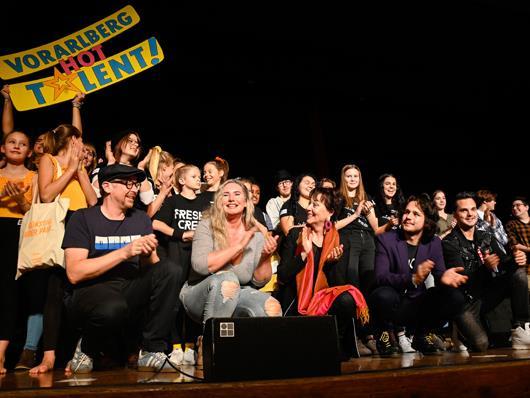 """Letztes Jahr standen die Talente noch live auf der Bühne. Heuer sind Live-Auftritte nicht möglich, die Talente-Show """"Vorarlberg hot Talent 2.0"""" gibt es deshalb als Livestream."""