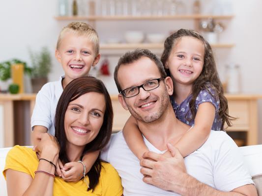 Das Eltern-Kind- Café ist nur eines der vielen Angebote, über das der Bludenzer Familienkalender im Frühjahr informiert.