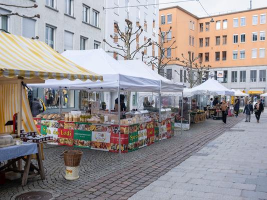 Samstagsmarkt in der Kaiserstraße