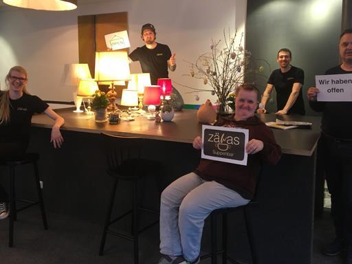 Das Team vom Zäwas in Bludenz freut sich wieder auf zahlreiche Gäste, die sie mit köstlichen Suppen in gemütlicher Atmosphäre begrüßen dürfen.