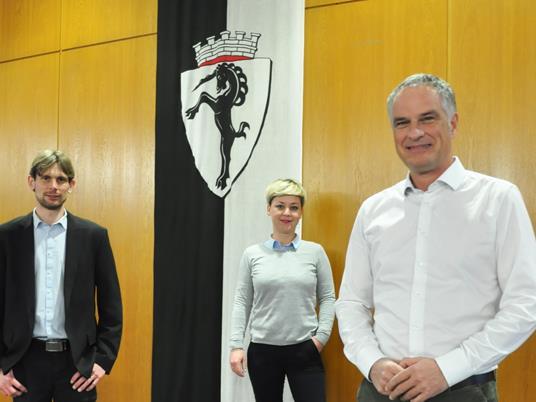 Laden zur gemeinsamen Sprechstunde ins Rathaus Bludenz: Mario Leiter, Bernhard Corn und Eva Peter.